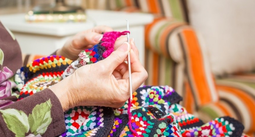 Continúa abierta la inscripción a los talleres gratuitos para adultos mayores