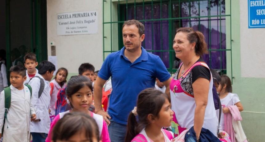 La comunidad educativa de la Escuela Primaria Nº 4 ya cuenta con el semáforo