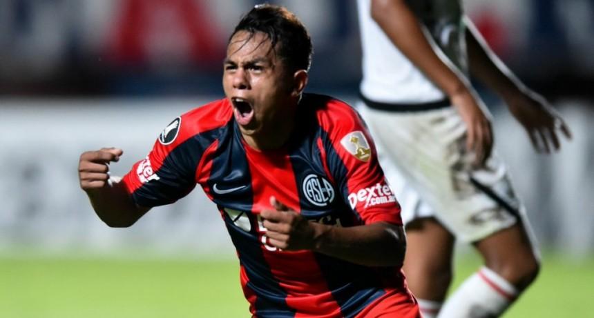 San Lorenzo venció a Melgar y tiene un pie en octavos de final de Copa Libertadores