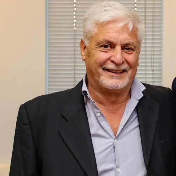 """Dr. Carlos Mendoza : Clínica """"Delta"""" desmiente  casos de COVID-19 informados en redes sociales"""