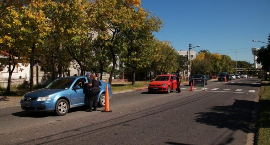 Personal de Tránsito y Defensa Civil del Municipio se suman a los controles en los ingresos