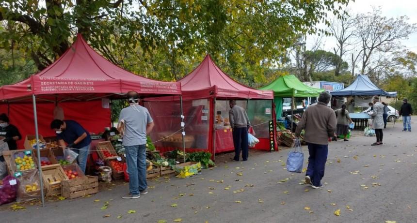Continúa la venta de productos frescos en los puestos de abastecimiento
