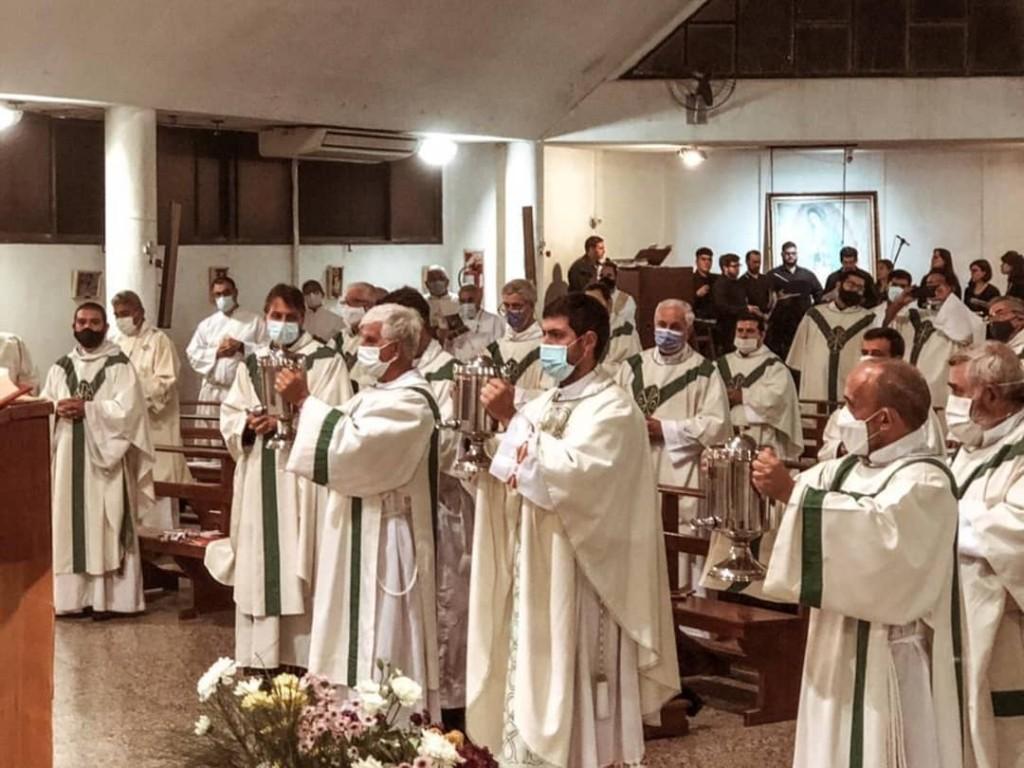 El miércoles 31 de marzo a las 19 hs se llevó a cabo la Misa Crismal de la Diócesis de Zárate-Campana