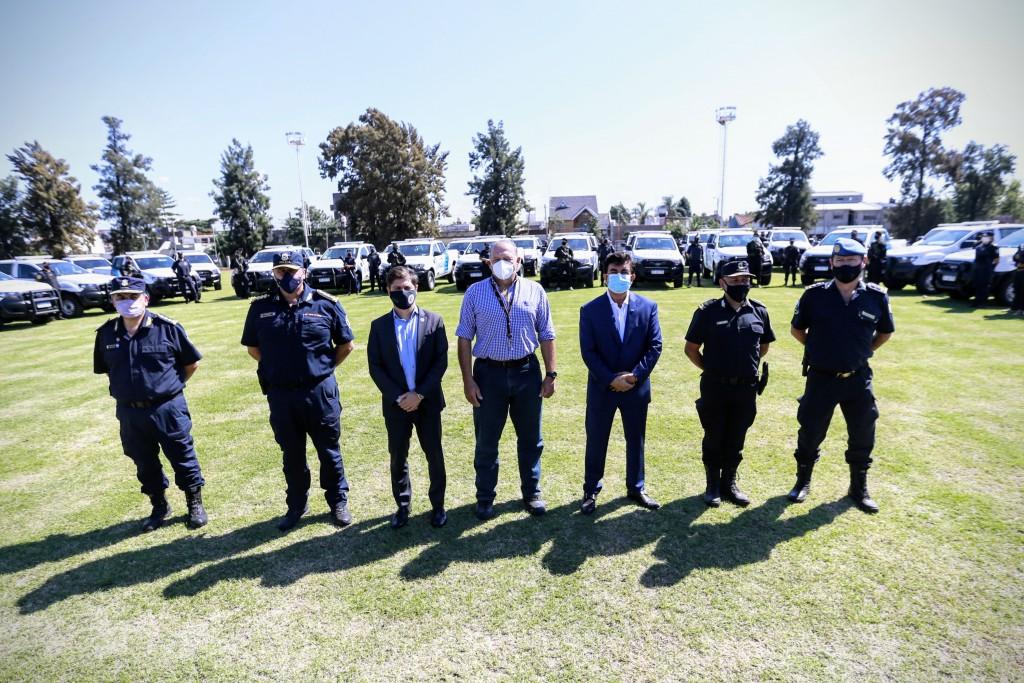 LA MATANZA : Kicillof, Berni y Espinoza pusieron en funcionamiento 80 nuevos patrulleros