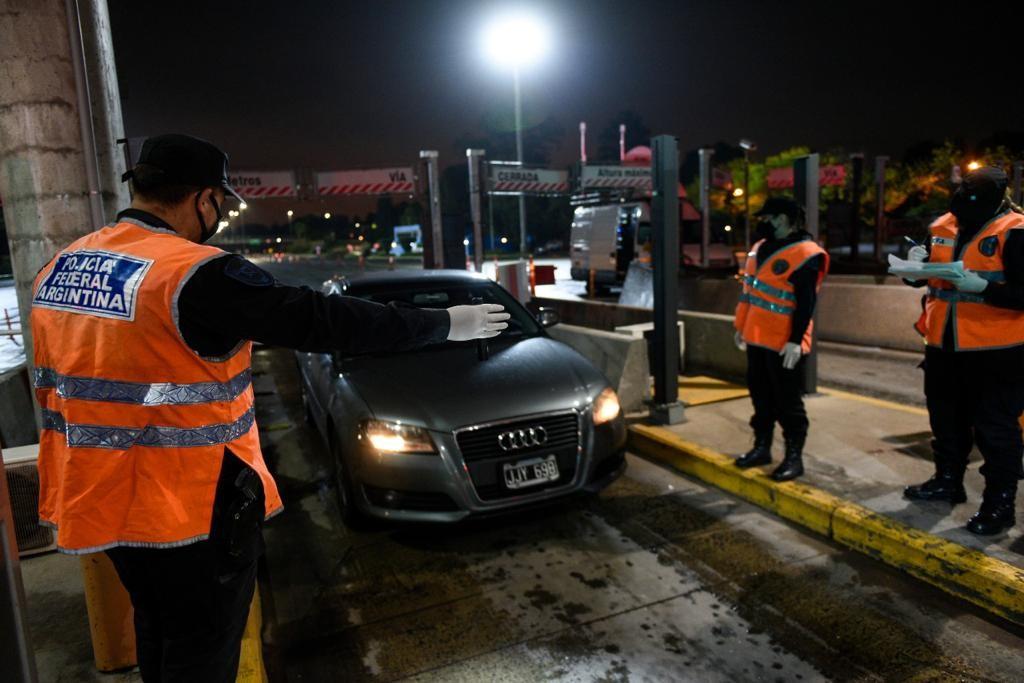 El Ministerio de Seguridad de la Nación desplegó a las cuatro Fuerzas Federales en todo el país para controlar el cumplimiento de las nuevas medidas ante el Covid-19