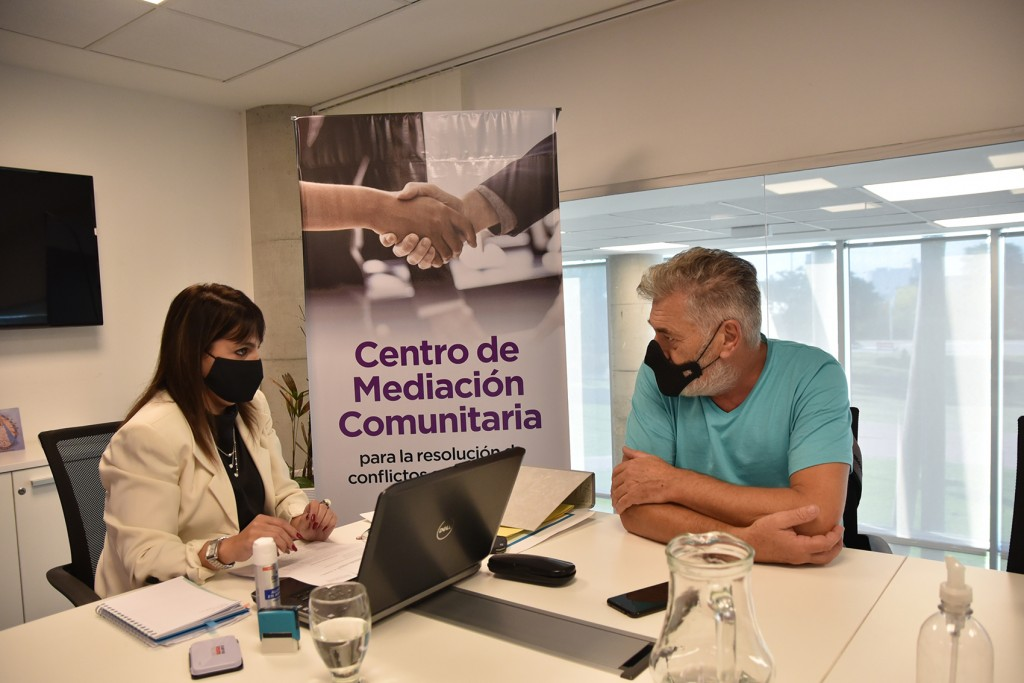 El Centro de Mediación Comunitaria resolvió el primer conflicto entre vecinos