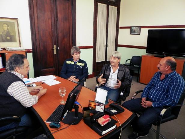 Los Concejales Juan Ghione y Carlos Cazador se reunieron con el Sec. Gral. de la UOM Abel Furlan.