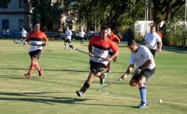 Hockey Sólo pudieron jugar los equipos masculinos de Campana Boat Club