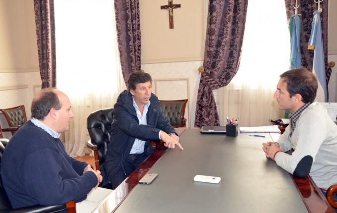 Sebastiàn Abella recibiò la visita del Intendente de San Isidro