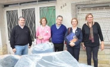La Cooperadora del Hospital Municipal recibió una donación de mobiliario de parte de OSDE