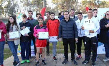 La Expo Deporte convocó a cientos de familias en el Campito de Siderca