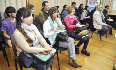 Lanzan la inscripción a becas de transporte para estudiantes universitarios
