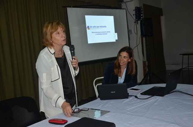 Más de 130 docentes participaron de un taller sobre educación emocional
