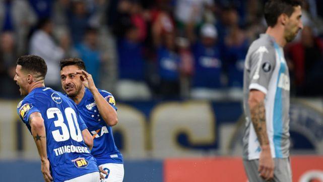 Racing Club perdiò en Belo Horizonte y quedó segundo en la zona