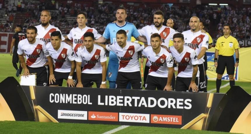 River Plate viajò a Colombia buscando asegurar la clasificaciòn