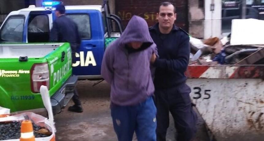 Drogas, armas y varios detenidos en múltiples allanamientos