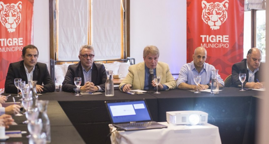 Abella participó de la reunión de intendentes del Consorcio Región Norte 2