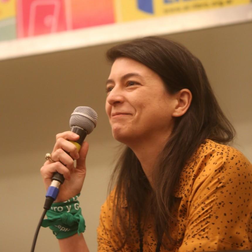 Samanta Schweblin inauguró el Diálogo de Escritoras y Escritores Argentinas  en la Feria del Libro de Buenos Aires