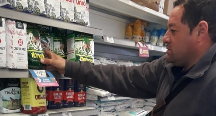 Precios Esenciales: inspectores municipales controlaron supermercados