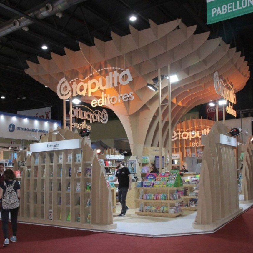 Ojoreja, Librum, Catapulta Editores y EUDEBA fueron los ganadores entre los stands comerciales.