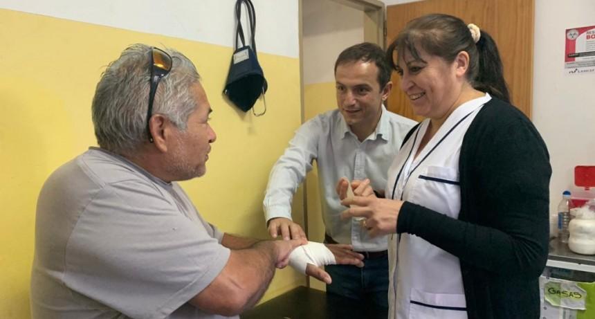La enfermera Mónica Palacios celebra sus 12 años en San Cayetano