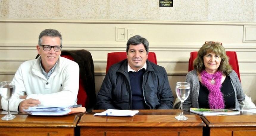 Concejales de la UV Más Campana: VENDEN TRANSPARENCIA Y SOLO MUESTRA MARKETING
