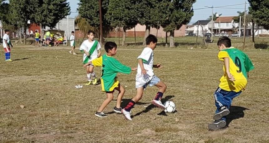 Las Escuelas Municipales de Fútbol participaron de un encuentro deportivo