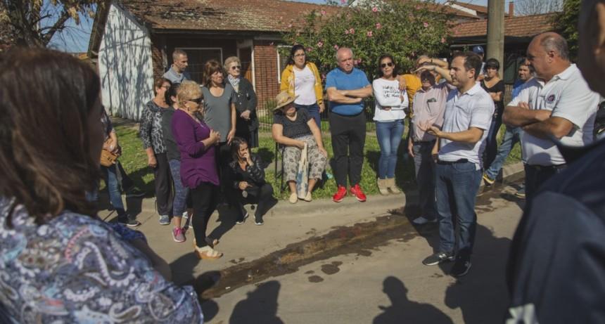 El Intendente se reunió con vecinos del barrio Vitramu