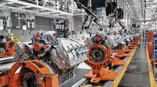 Suspenden a 500 operarios de la Ford y denuncian que la planta está parada por falta de insumos
