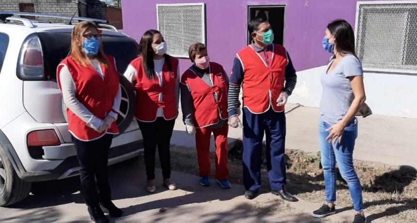 Las Praderas: Elisa Abella conversó con los vecinos sobre la pandemia