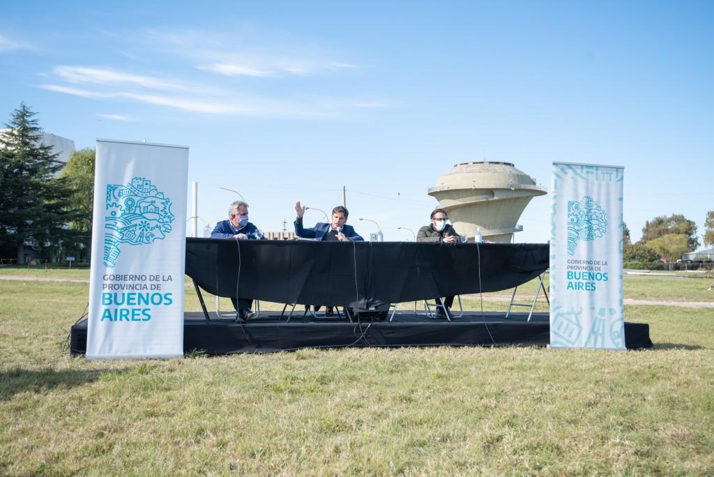 INFRAESTRUCTURA  Kicillof: Comenzamos a solucionar los problemas de distribución de agua potable en Bahía Blanca