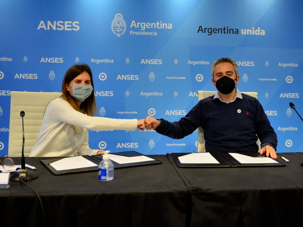 FERNANDA RAVERTA Y ANDRÉS LARROQUE PUSIERON EN MARCHA LA RED FEDERAL DE SEGURIDAD SOCIAL