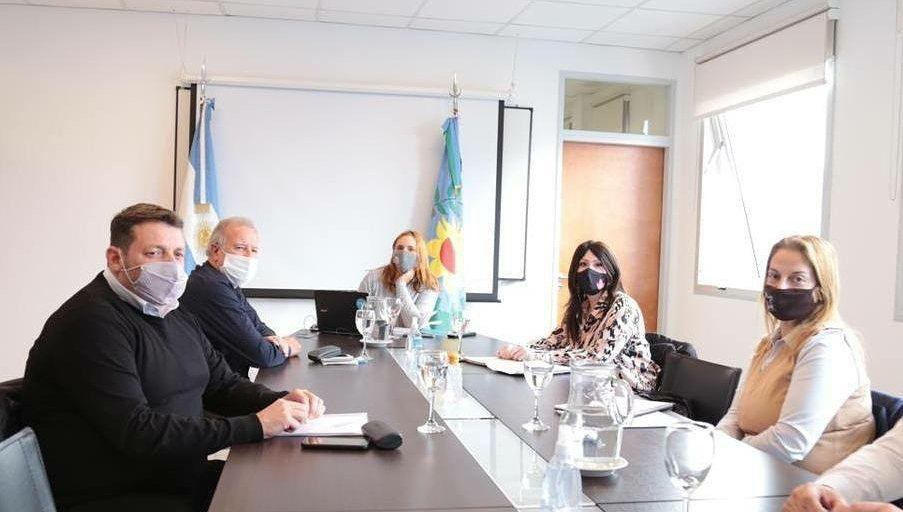Soledad Alonso se reunió con la Ministra de Trabajo Mara Ruiz Malec, y el presidente de la comisión Omar Plaini