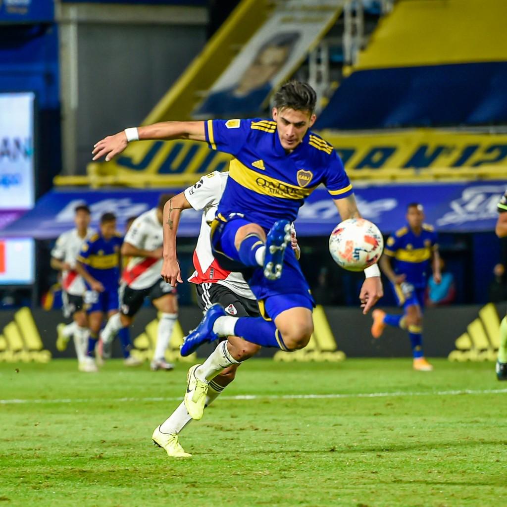 Boca Juniors derrotó a River Plate por penales y clasificó a semifinales