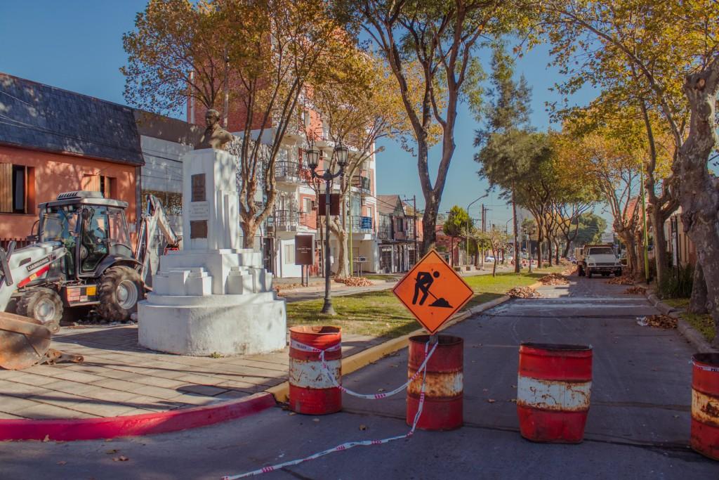 El Municipio comenzó a realizar un bacheo de hormigón en el boulevard Sarmiento