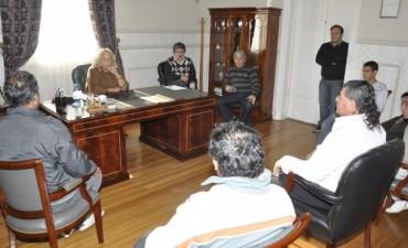 La Intendente Giroldi recibió a la nueva Comisión Directiva de la Sociedad de Fomento del Barrio San Felipe