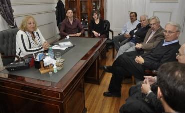 La Intendente Municipal Giroldi recibió al Catedrático francés Dr. Philippe Bertrand
