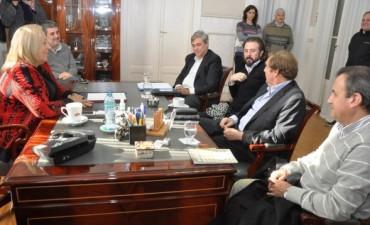 Empresarios anunciaron a la Intendente Giroldi la construcción de una segunda Central Termoeléctrica en Campana