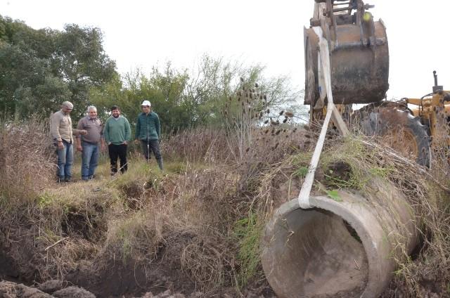 """A pedido de los vecinos, el Municipio acondicionó el camino """"El Morejón"""""""
