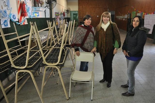 La Escuela Primaria Nº 5 recibió nuevo mobiliario