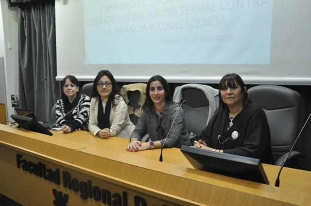 Gran concurrencia de público en la jornada de concientización contra el abuso sexual en la infancia y adolescencia