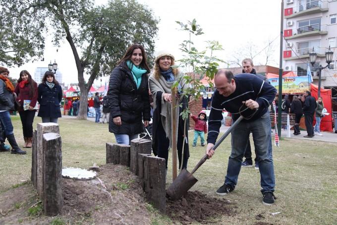 La ciudad celebró el mes del Medio Ambiente con una exitosa jornada en la plaza Eduardo Costa