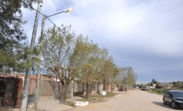 Barrio La Esperanza: avanzan las mejoras en el alumbrado público