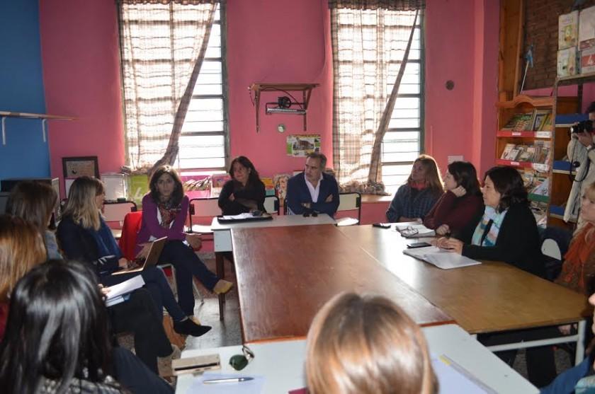 Un nuevo programa contra el acoso escolar se presentó en Campana