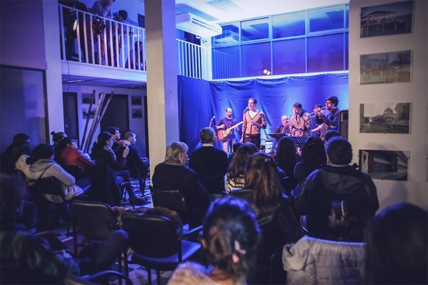 Noches Acústicas: la propuesta de Campana Joven volvió a ser un éxito