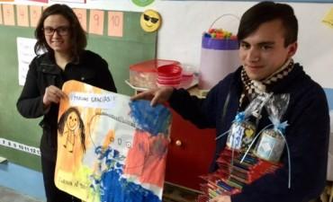 Proyecto de servicio a la Comunidad, realizado por el club de jovenes Rotaract Campana