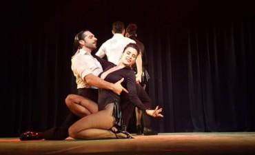 """Con dos funciones a sala llena, el musical """"Gardel, la otra historia"""" fue un verdadero éxito"""