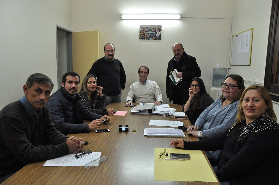 """""""Los concejales de la oposición se pelean para demostrar quién es más opositor"""""""