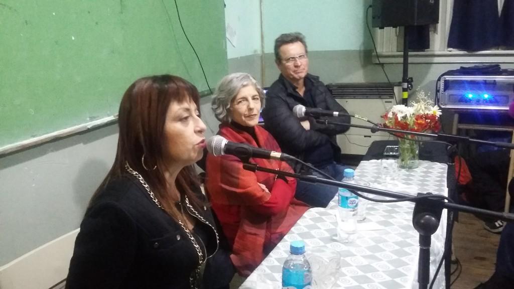 La actriz Cristina Banegas visitò el Instituto de Formaciòn Docente Nº 15