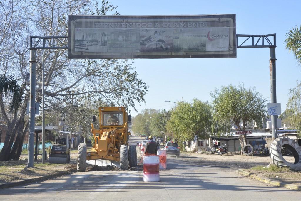 Otamendi: avanzan los trabajos de repavimentación de la calle Cordero
